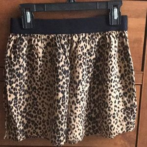 Old Navy Leopard Print Skirt. Girls size 8.